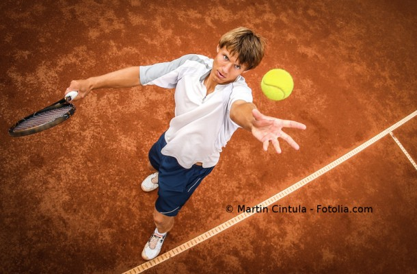 service of tennis player